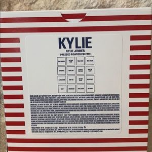 Kylie Cosmetics Makeup - Kylie Cosmetics Pressed Powder Pallete ❤️